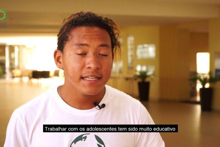 Embedded thumbnail for Escolas de Cidadania
